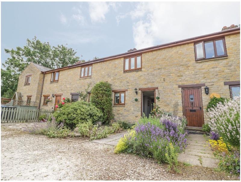 4 Manor Farm Cottages a holiday cottage rental for 4 in Stretton-On-Fosse,