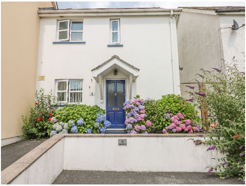 2 Oakhill Drive a holiday cottage rental for 4 in Saundersfoot,