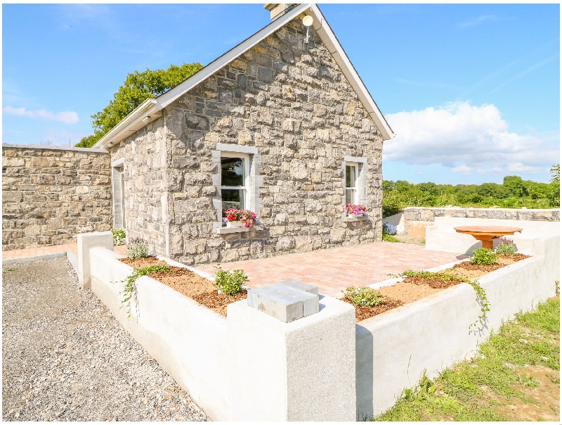 Shannonvale Cottage a holiday cottage rental for 6 in Nenagh,