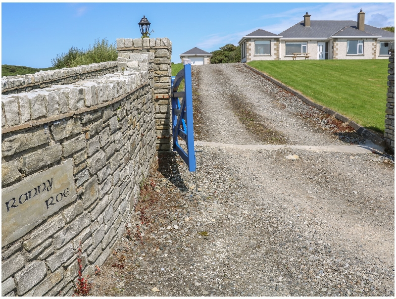 Ranny Roe a holiday cottage rental for 6 in Portsalon,