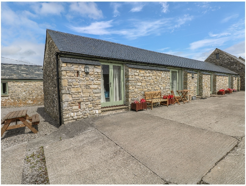 Snowdrop Cottage a holiday cottage rental for 4 in Llantwit Major,