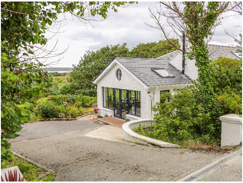 The Mermaid a holiday cottage rental for 8 in Dungloe,