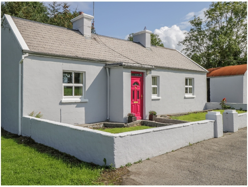 Suaimhneas a holiday cottage rental for 7 in Tobercurry,