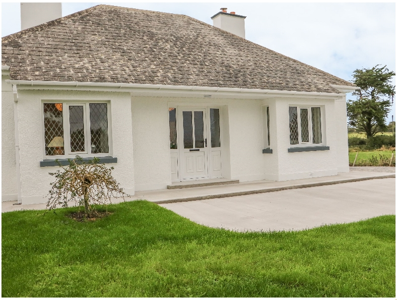 Dirreen House a holiday cottage rental for 6 in Listowel,