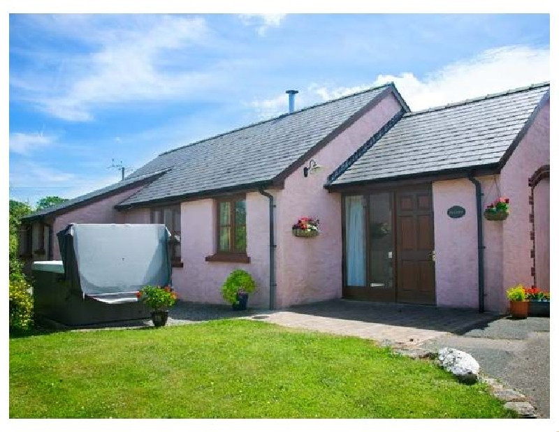 Details about a cottage Holiday at Ty Coed