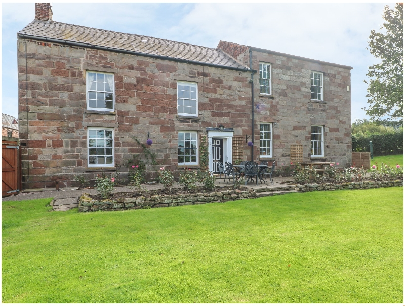 Godscroft Hall a holiday cottage rental for 8 in Frodsham,
