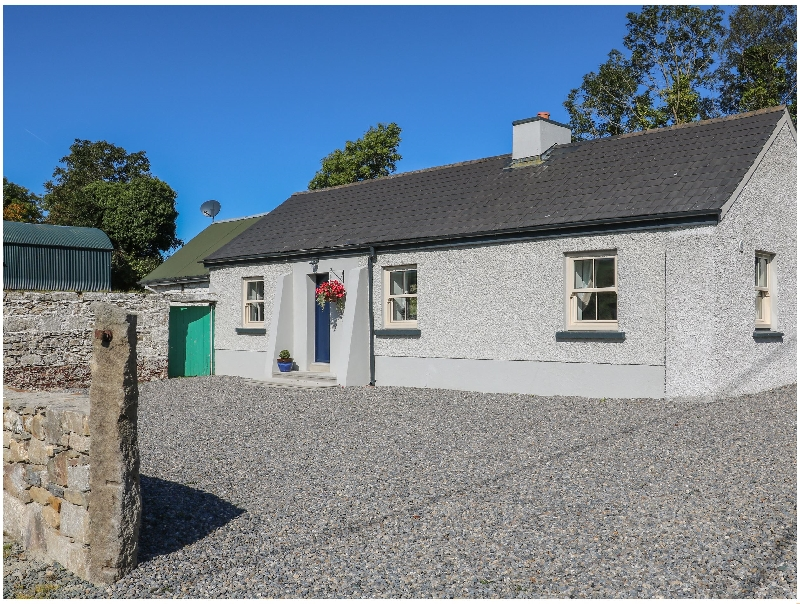 Macreddin Rock Holiday Cottage a holiday cottage rental for 5 in Aughrim,