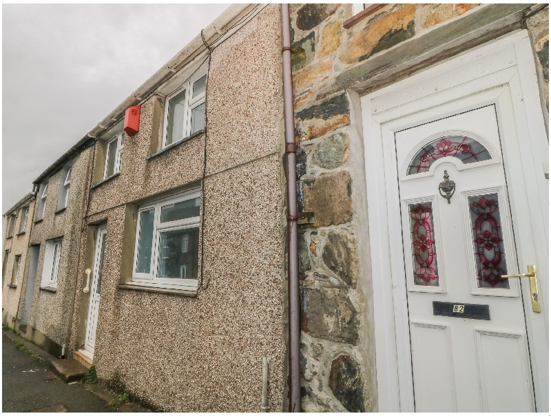 Nala's Retreat a holiday cottage rental for 4 in Penygroes,