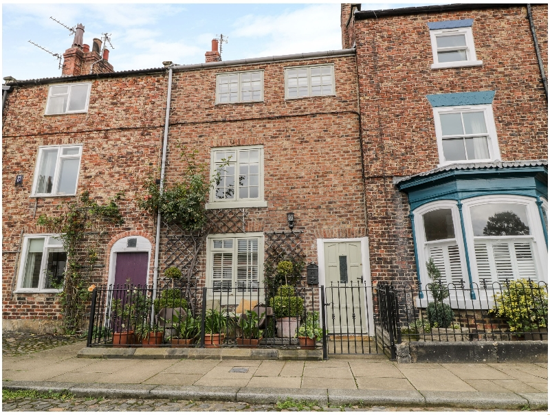 5 College Square a holiday cottage rental for 4 in Stokesley,
