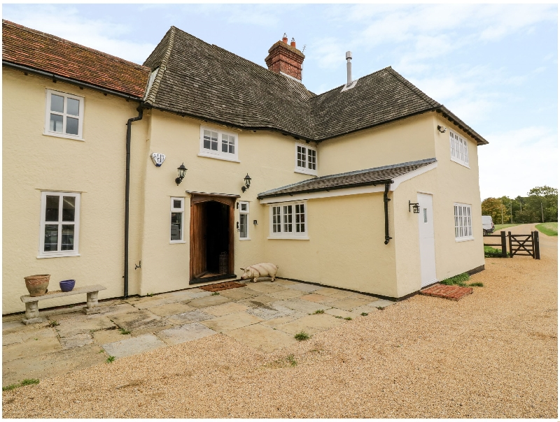 Farm House a holiday cottage rental for 8 in Elsenham,