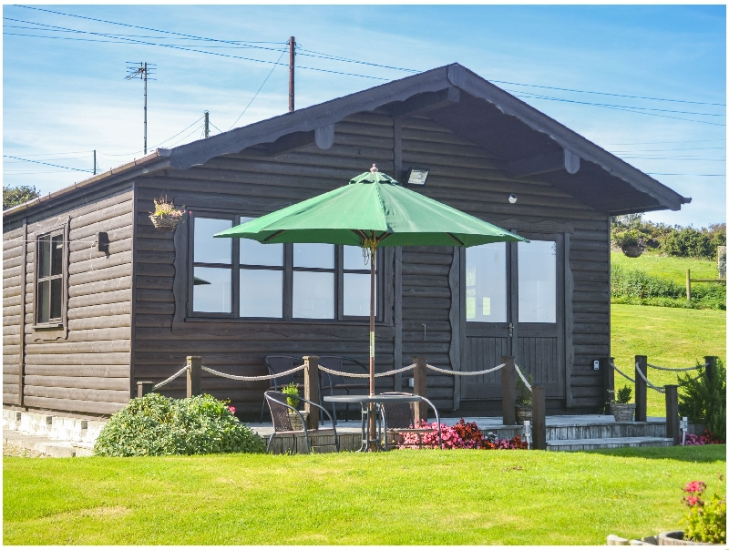 Cabin a holiday cottage rental for 3 in Mabe,