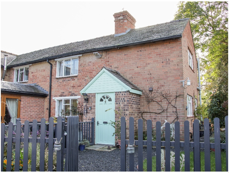 Ensdon Lea Cottage a holiday cottage rental for 4 in Nesscliffe,