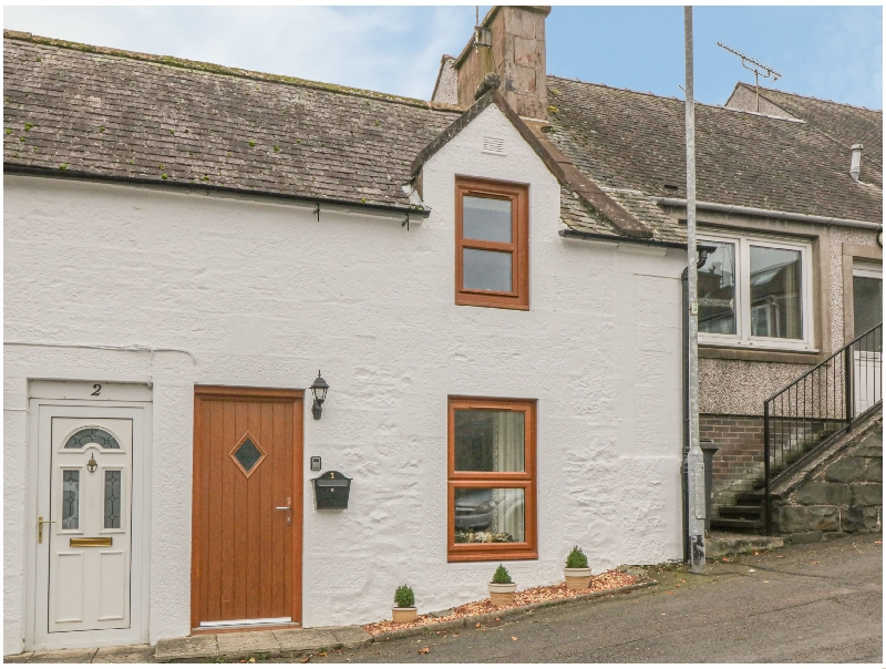 Oak Cottage a holiday cottage rental for 2 in Thornhill,