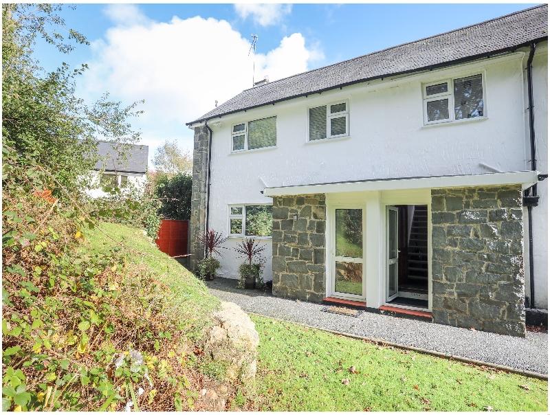 Yates Cottage a holiday cottage rental for 5 in Llanbedrog,