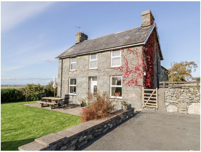 Tyddyn a holiday cottage rental for 6 in Dyffryn Ardudwy,