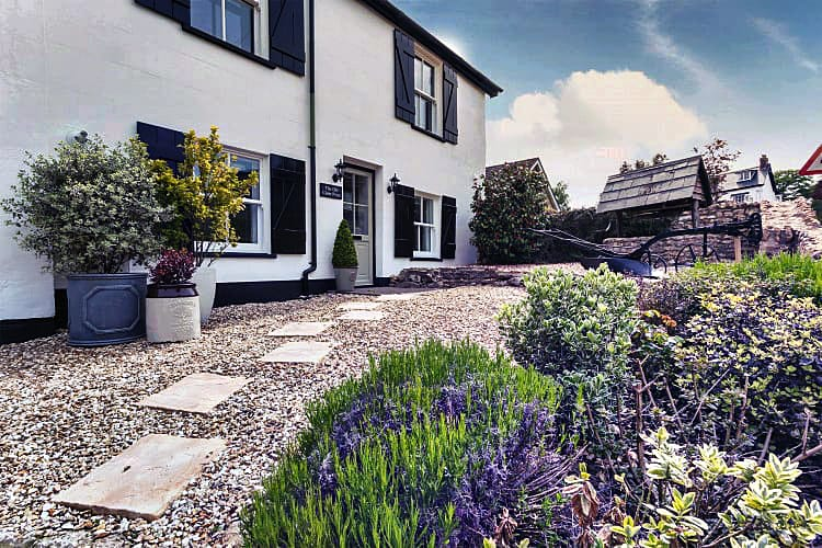 Old Cider Press a holiday cottage rental for 6 in Colyford,