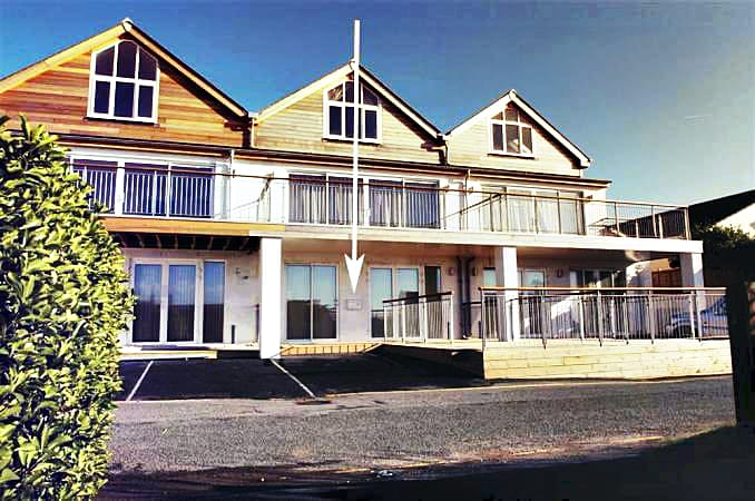 Image of 1 Lower Sandbanks
