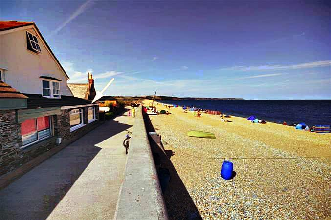 1 The Old Watchhouse a holiday cottage rental for 2 in Torcross,