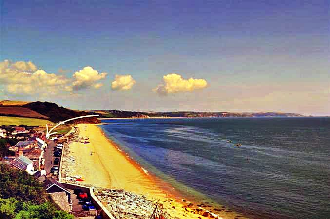2 Beesands Cottages a holiday cottage rental for 8 in Beesands,