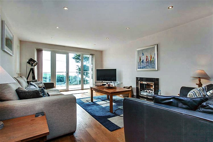 Genoa a holiday cottage rental for 8 in Salcombe,