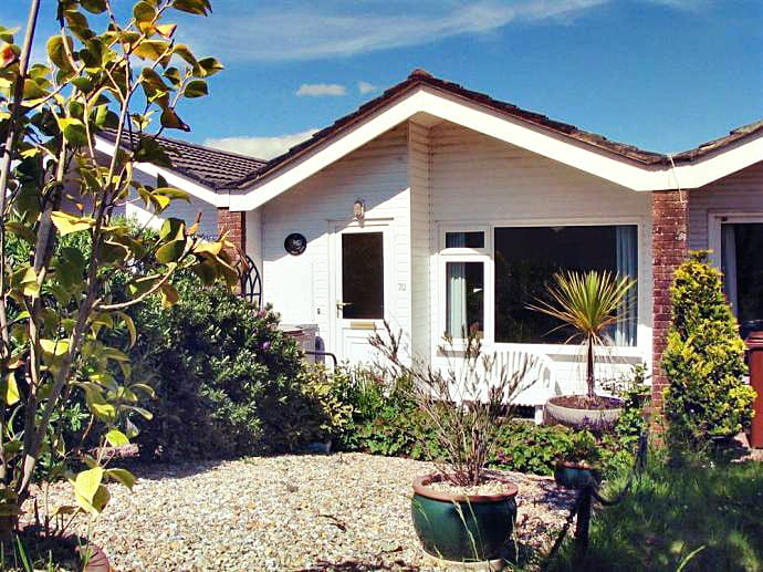 70 Cumber Close a holiday cottage rental for 4 in Malborough,