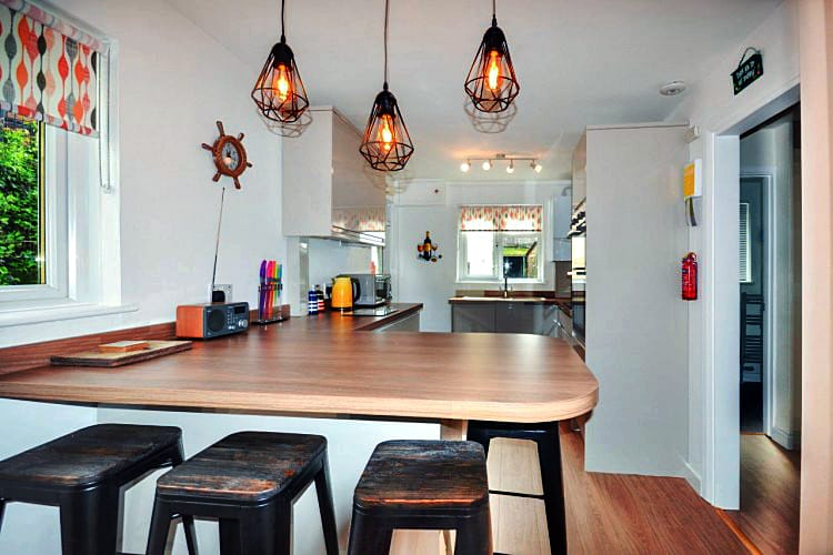 2 Step-A-Side a holiday cottage rental for 4 in Looe,