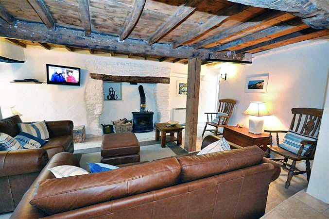 Cob Cottage, Beeson a holiday cottage rental for 6 in Beeson,