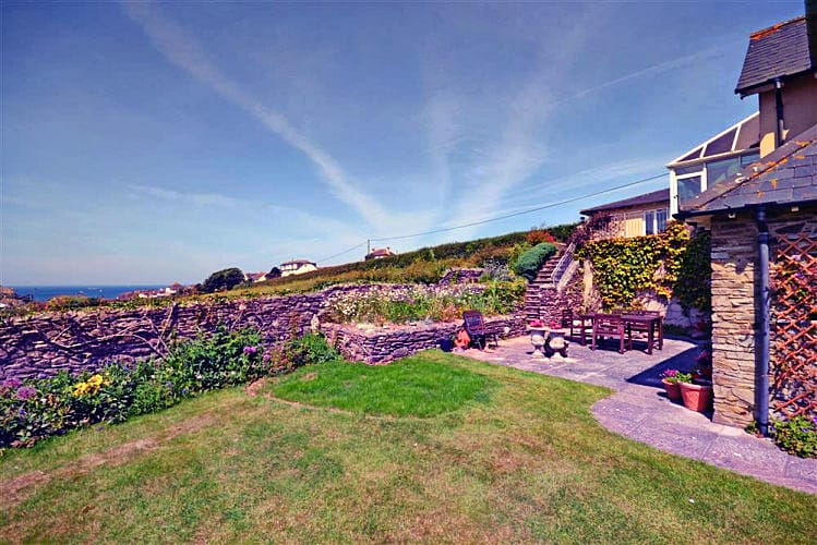 Double Gates a holiday cottage rental for 8 in Hope Cove,