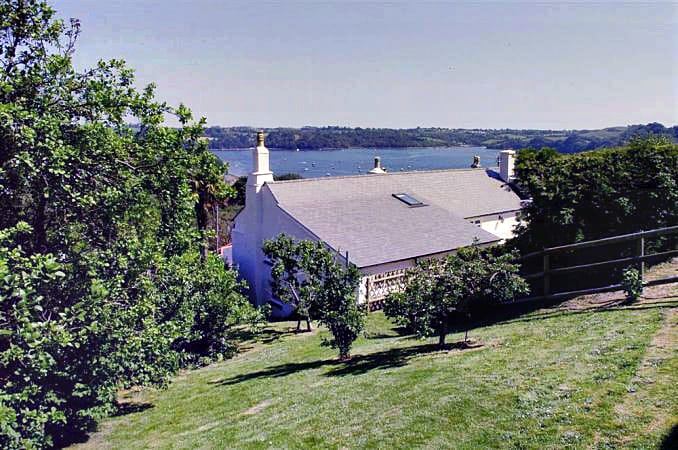 Dower House a holiday cottage rental for 8 in Dittisham,