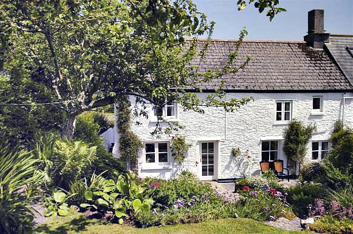 Gull Cry a holiday cottage rental for 6 in Beeson,