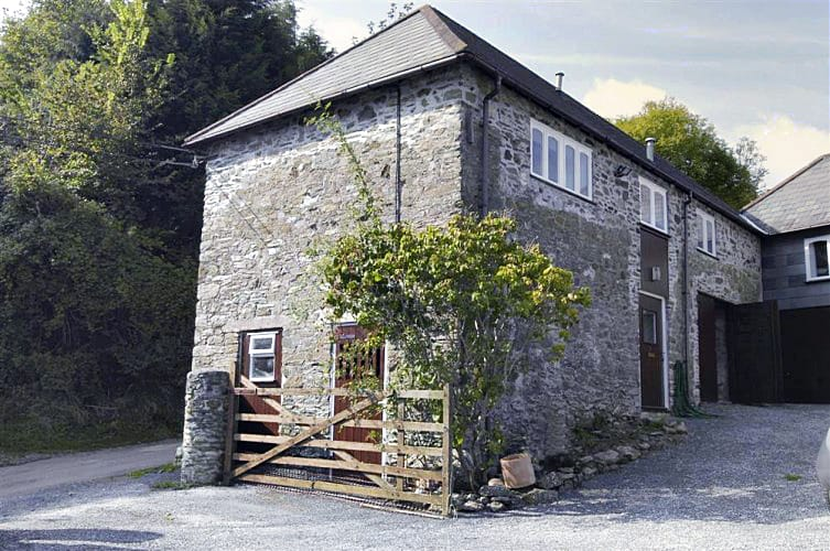 Windfalls And The Love Shack a holiday cottage rental for 7 in East Portlemouth,