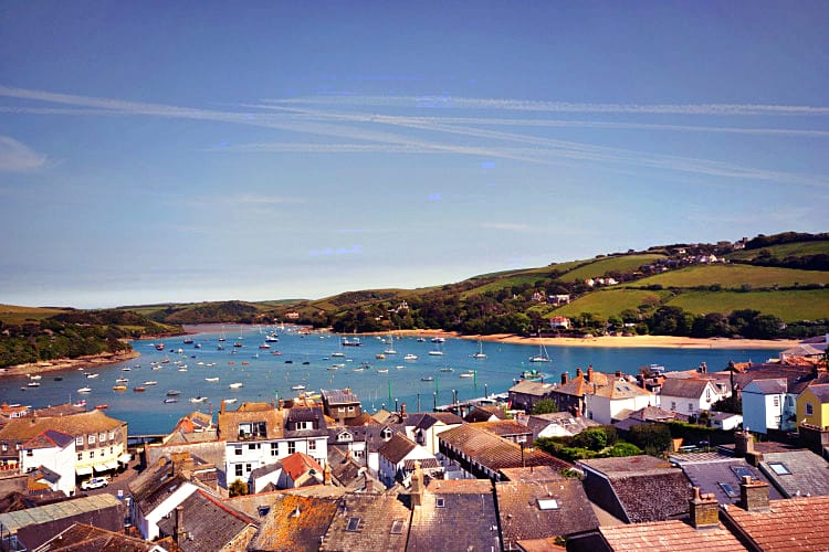 Higher Cliftonville a holiday cottage rental for 6 in Salcombe,
