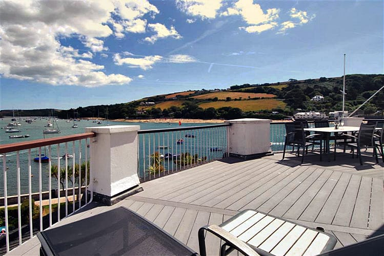 21 The Salcombe (Quarterdeck) a holiday cottage rental for 4 in Salcombe,