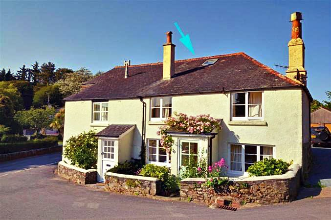 Mill Cottage a holiday cottage rental for 6 in South Pool,