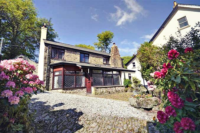 Moorlands Cottage a holiday cottage rental for 5 in Belstone,