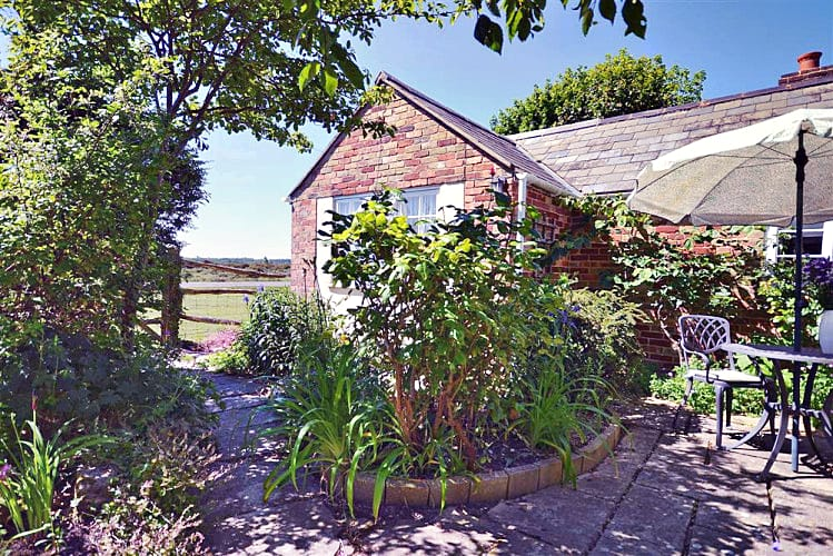 Old Stables Cottage a holiday cottage rental for 2 in East Boldre,
