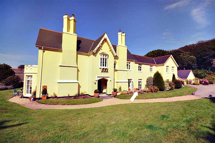 Amberley a holiday cottage rental for 6 in Stokenham,