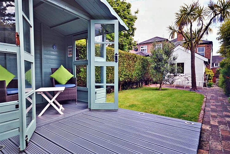 Sherston Cottage a holiday cottage rental for 4 in Lymington,