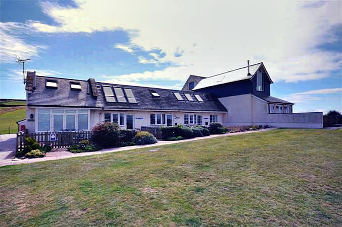 Sea Holly a holiday cottage rental for 4 in Thurlestone,