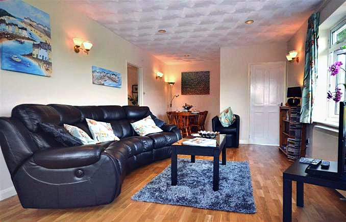 Details about a cottage Holiday at Ty Hanner