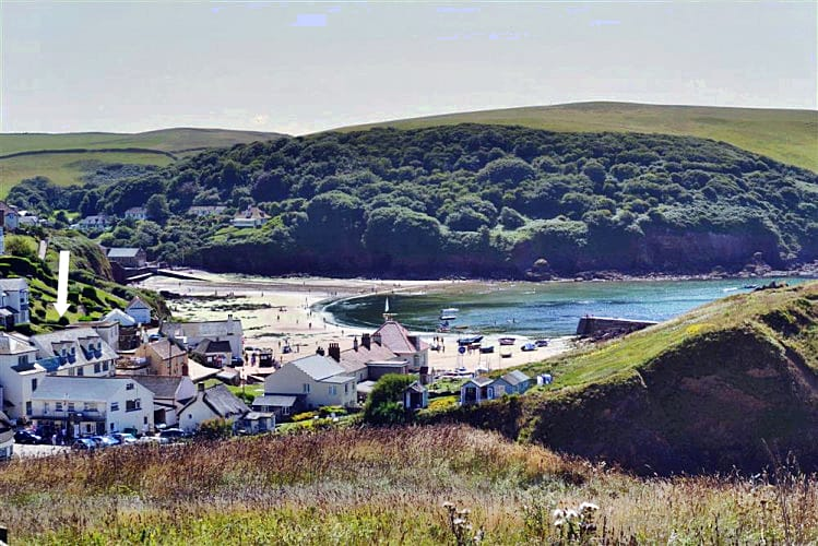 3 Armada House a holiday cottage rental for 6 in Hope Cove,