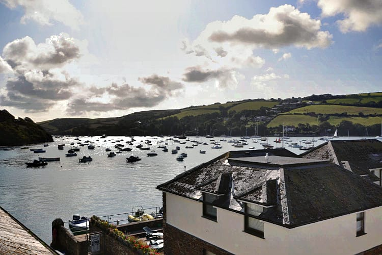 3A Island Terrace a holiday cottage rental for 6 in Salcombe,