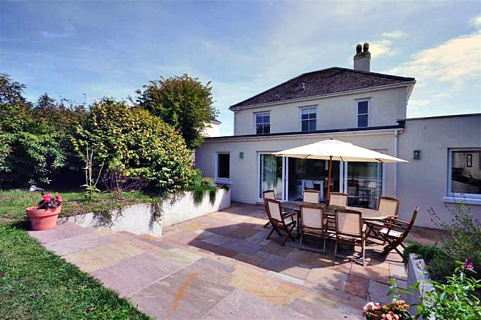 Wayfarings a holiday cottage rental for 8 in Thurlestone,