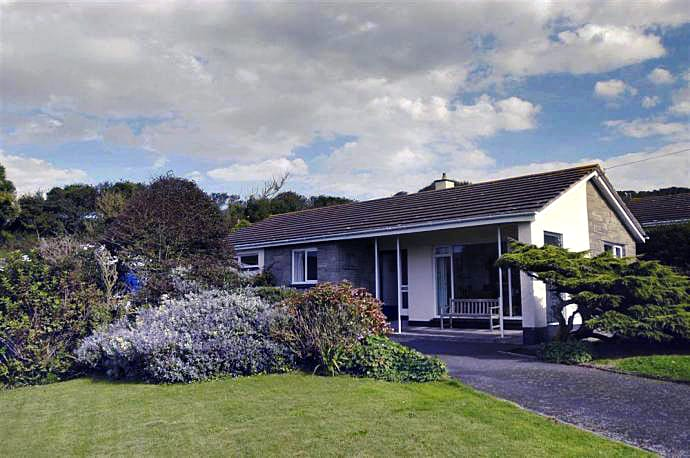 West Winds a holiday cottage rental for 6 in Hope Cove,