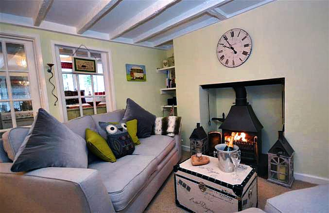 Yew Tree Cottage a holiday cottage rental for 2 in Totnes,